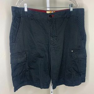 OP Men's Black Green Plaid Cargo Shorts EUC | 42